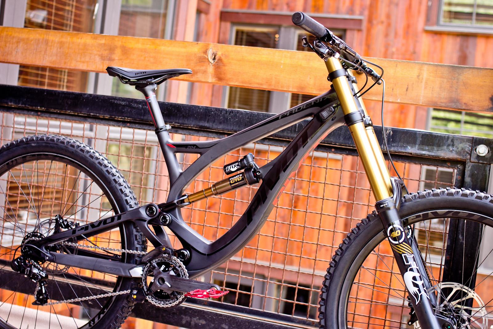 Pivot\'s 30.8 Pound Phoenix Carbon Downhill Bike - Pivot\'s 30.8 Pound ...