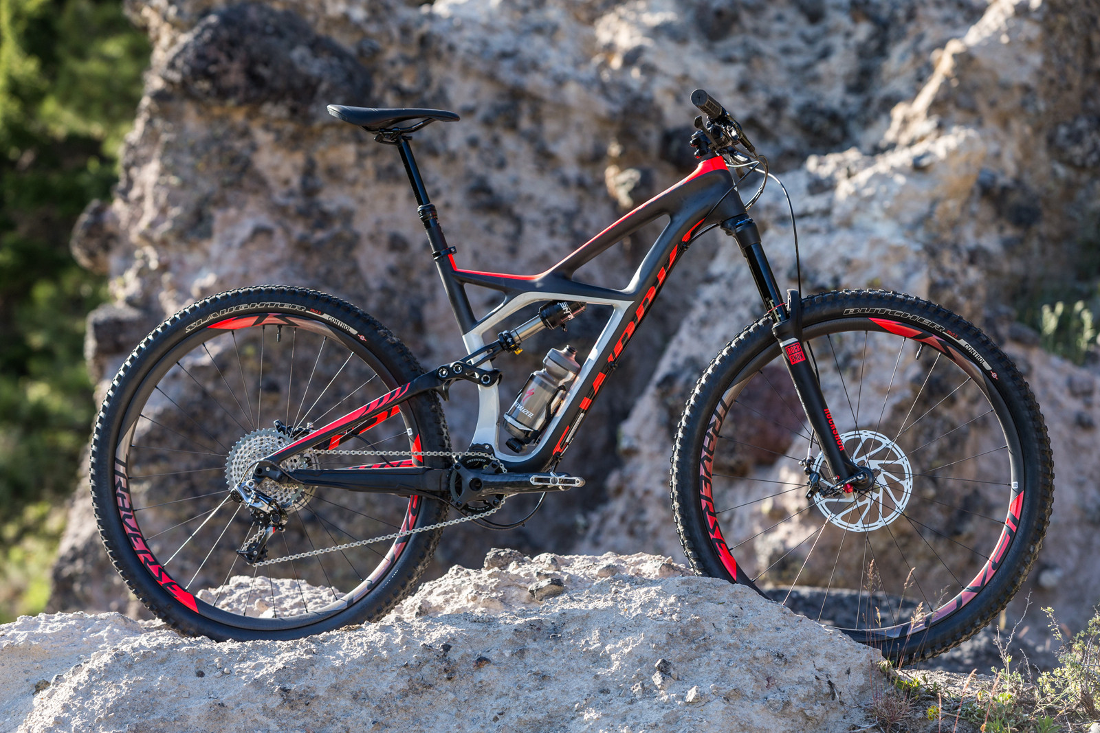 2015 Specialized Enduro 29 and 650b - First Look: 2015 Specialized Enduro 29 and 650b - Mountain Biking Pictures - Vital MTB