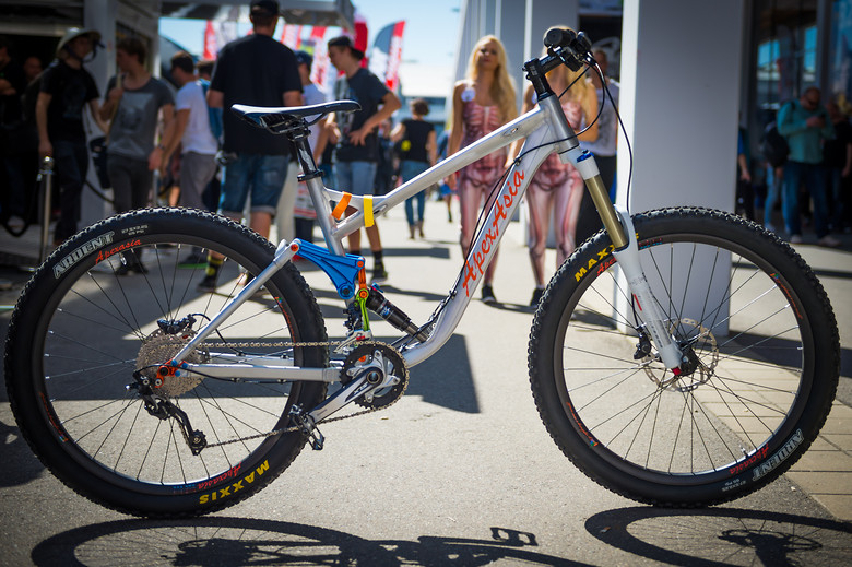 Apex Asia Project Bike