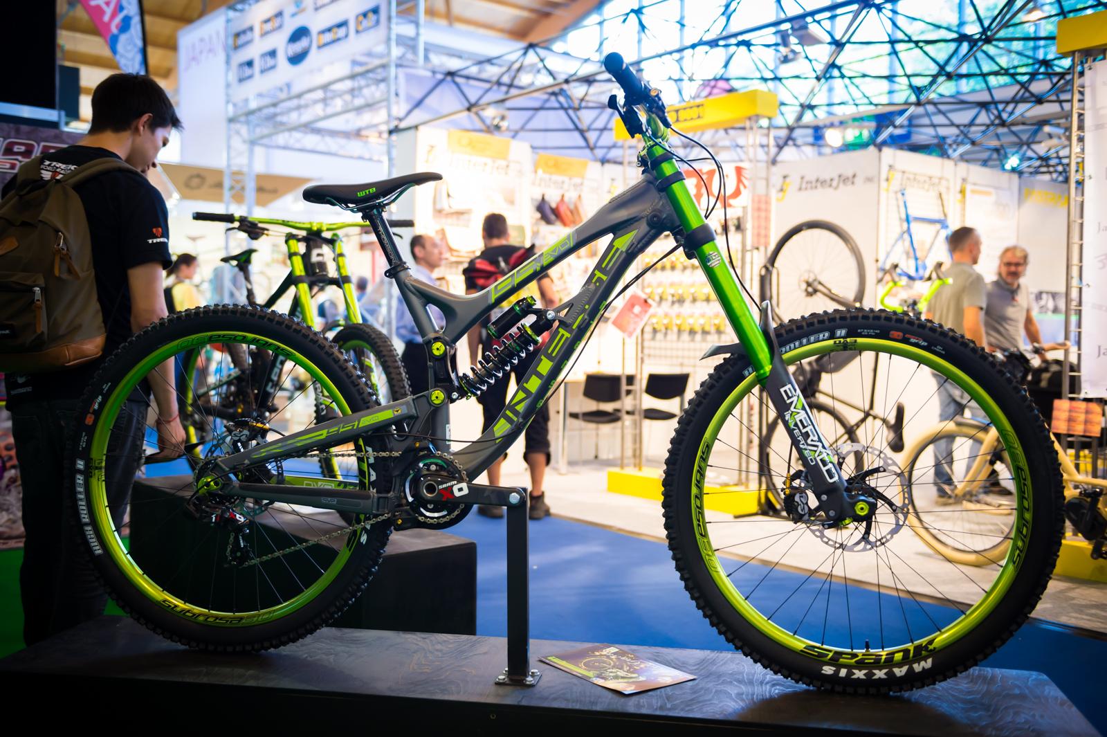 Drag Racing Helmets >> 2015 Intense 951 EVO - DVO Edition - 2015 Downhill Bikes ...