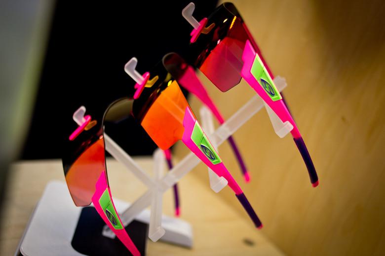 e3845516a042c 2015 Smith Fuel V.2 Goggles - INTERBIKE Part 3  Hidden Gems and More ...