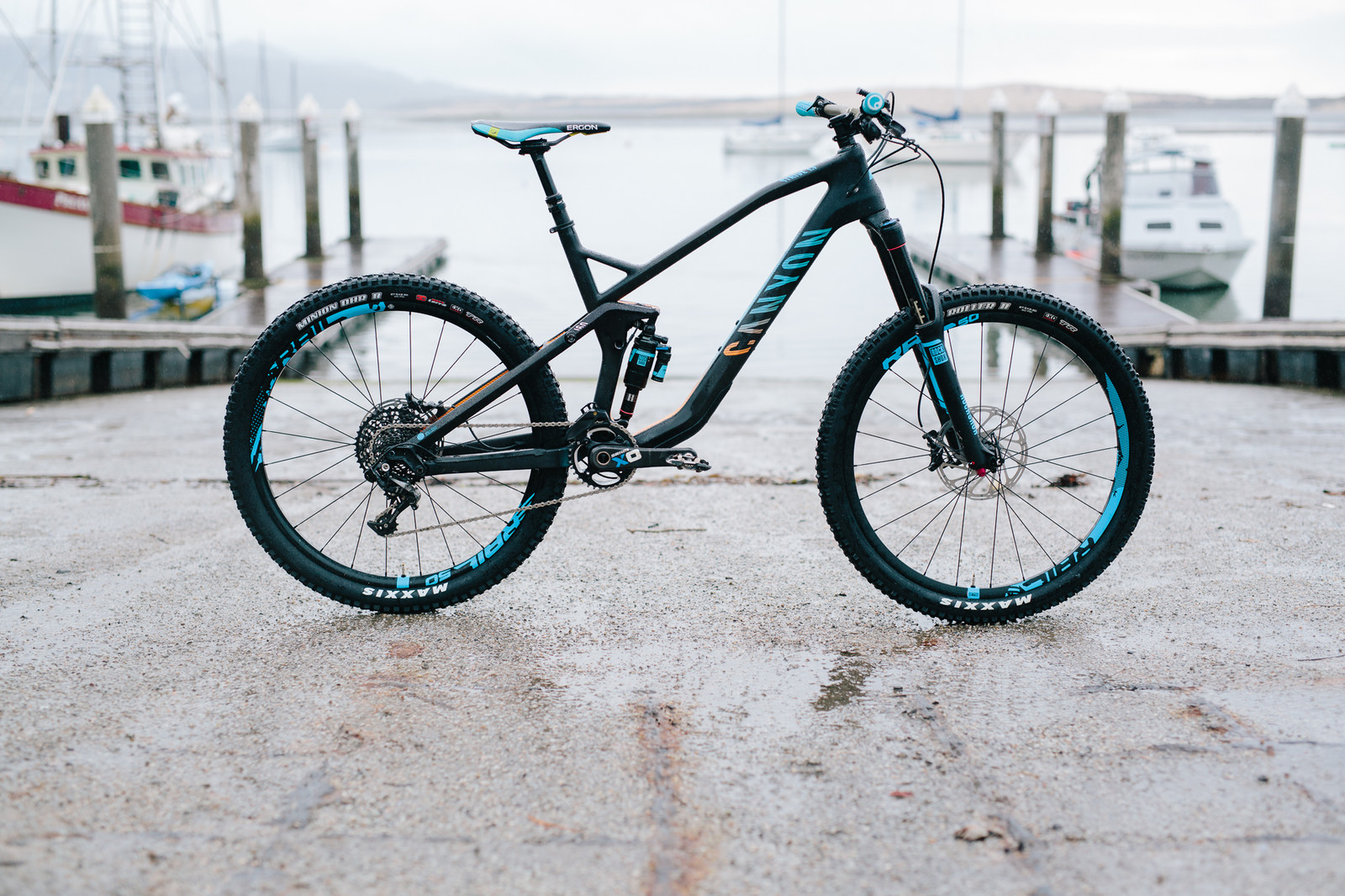 2015 Canyon Strive CF 9.0 Race - 19 Bikes Tested - 2015 Vital MTB Test Sessions - Mountain Biking Pictures - Vital MTB