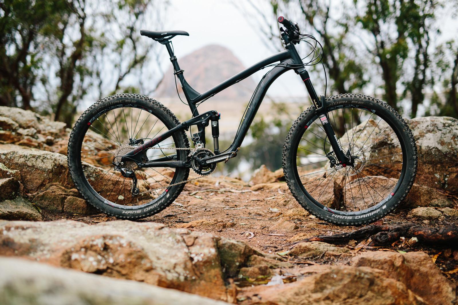 2015 Norco Range A 7.1 - 19 Bikes Tested - 2015 Vital MTB Test Sessions - Mountain Biking Pictures - Vital MTB