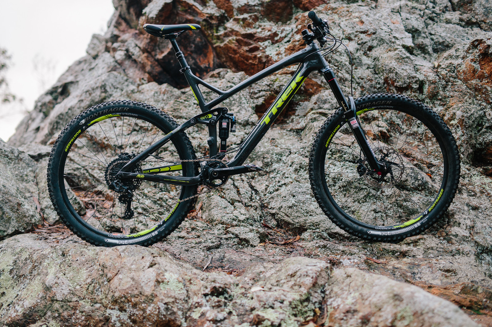 2015 Trek Slash 9.8 Carbon - 19 Bikes Tested - 2015 Vital MTB Test Sessions - Mountain Biking Pictures - Vital MTB