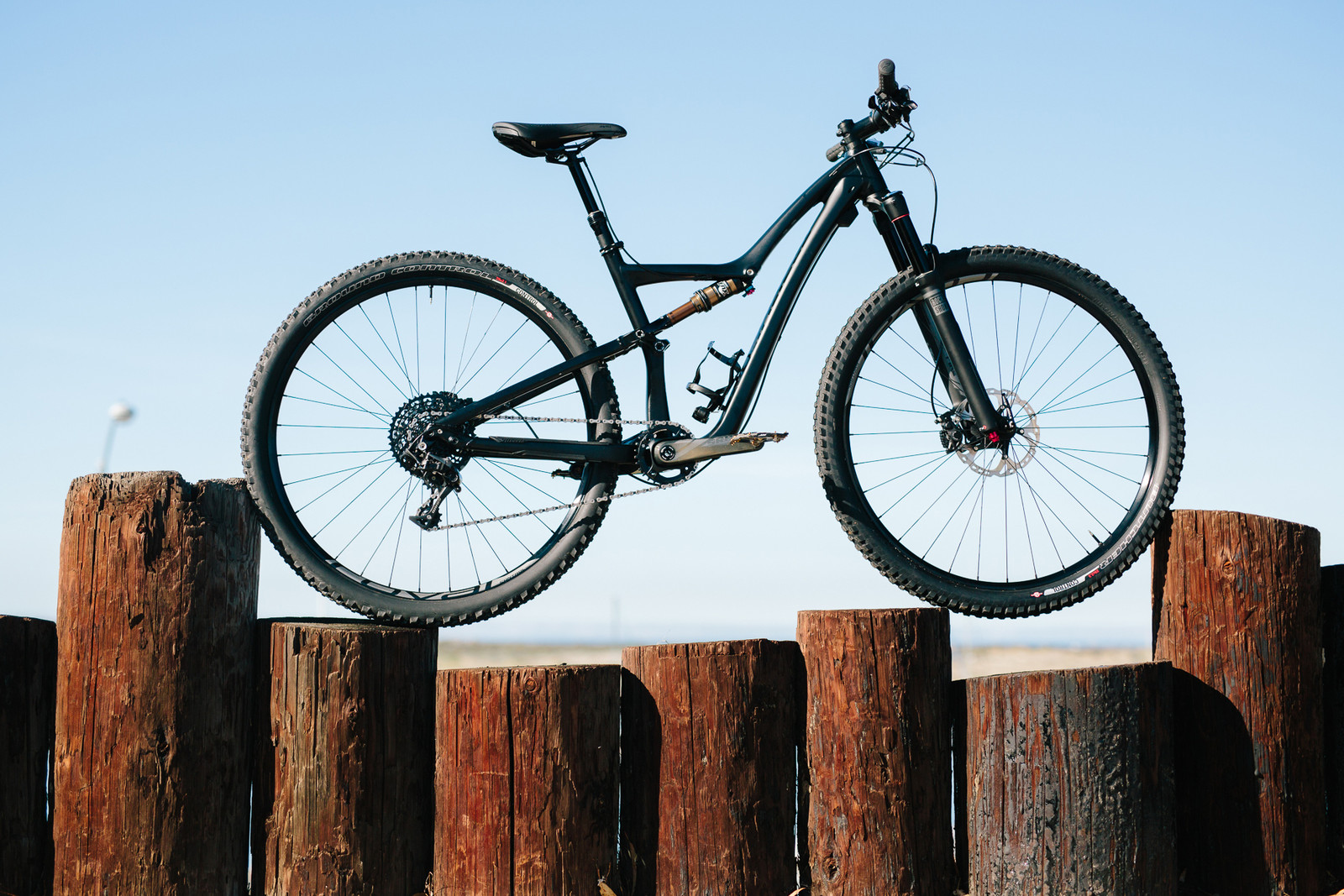 2015 Specialized Rumor Expert EVO - 19 Bikes Tested - 2015 Vital MTB Test Sessions - Mountain Biking Pictures - Vital MTB