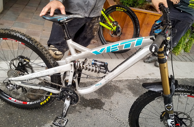 4088e60f6be Prototype Yeti Switch Infinity DH Bike - PIT BITS - New Products and  Prototypes at Crankworx Whistler - Mountain ...