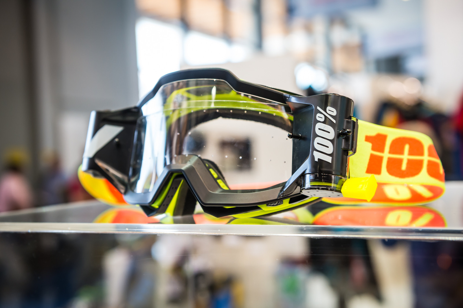 2016 100% Eyewear and Gloves - 2016 Mountain Bike Apparel & Protection at Eurobike - Mountain Biking Pictures - Vital MTB