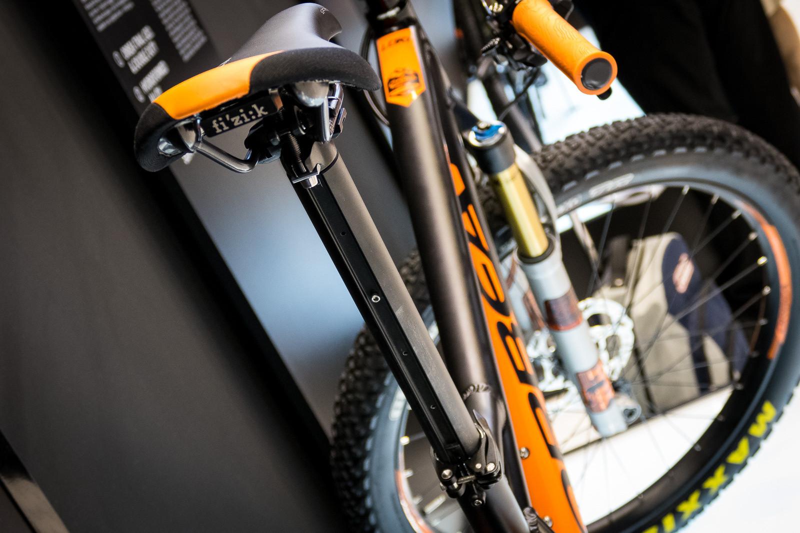 Orbea Digit Seatpost - A Dropper Alternative - 2016 Mountain Bike Components at Eurobike - Mountain Biking Pictures - Vital MTB