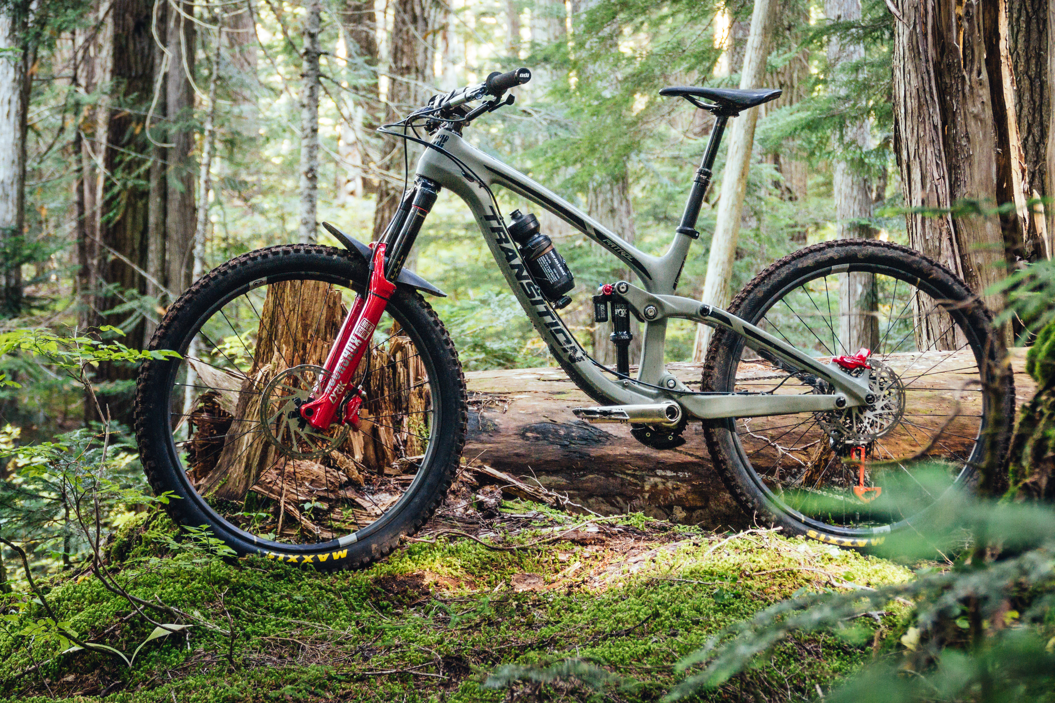 flipboard vital mtb 39 s transition patrol carbon test bike. Black Bedroom Furniture Sets. Home Design Ideas