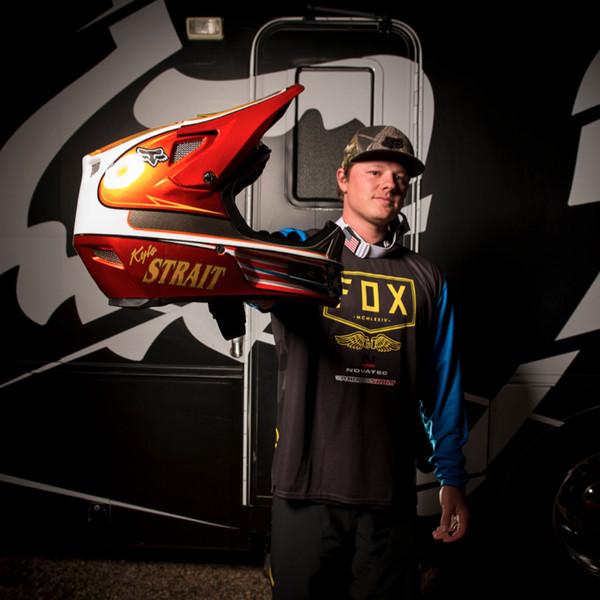 Pro Gear: Custom 2014 Fox Racing Threads for Rampage