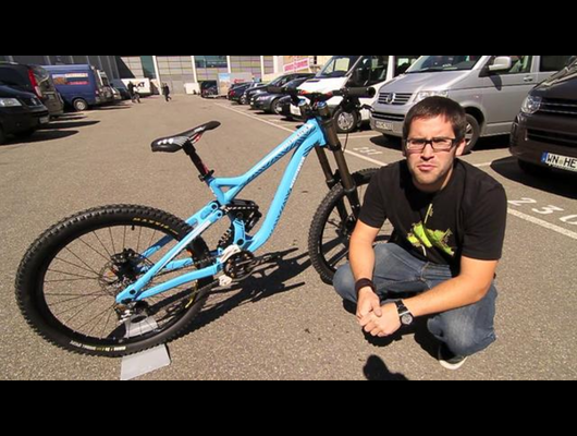 Commencal 2011 DH Bike Explained
