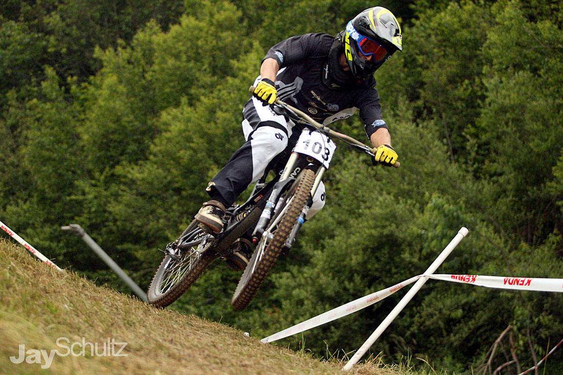 Bran-dog Rocks It! - waterdog - Mountain Biking Pictures - Vital MTB