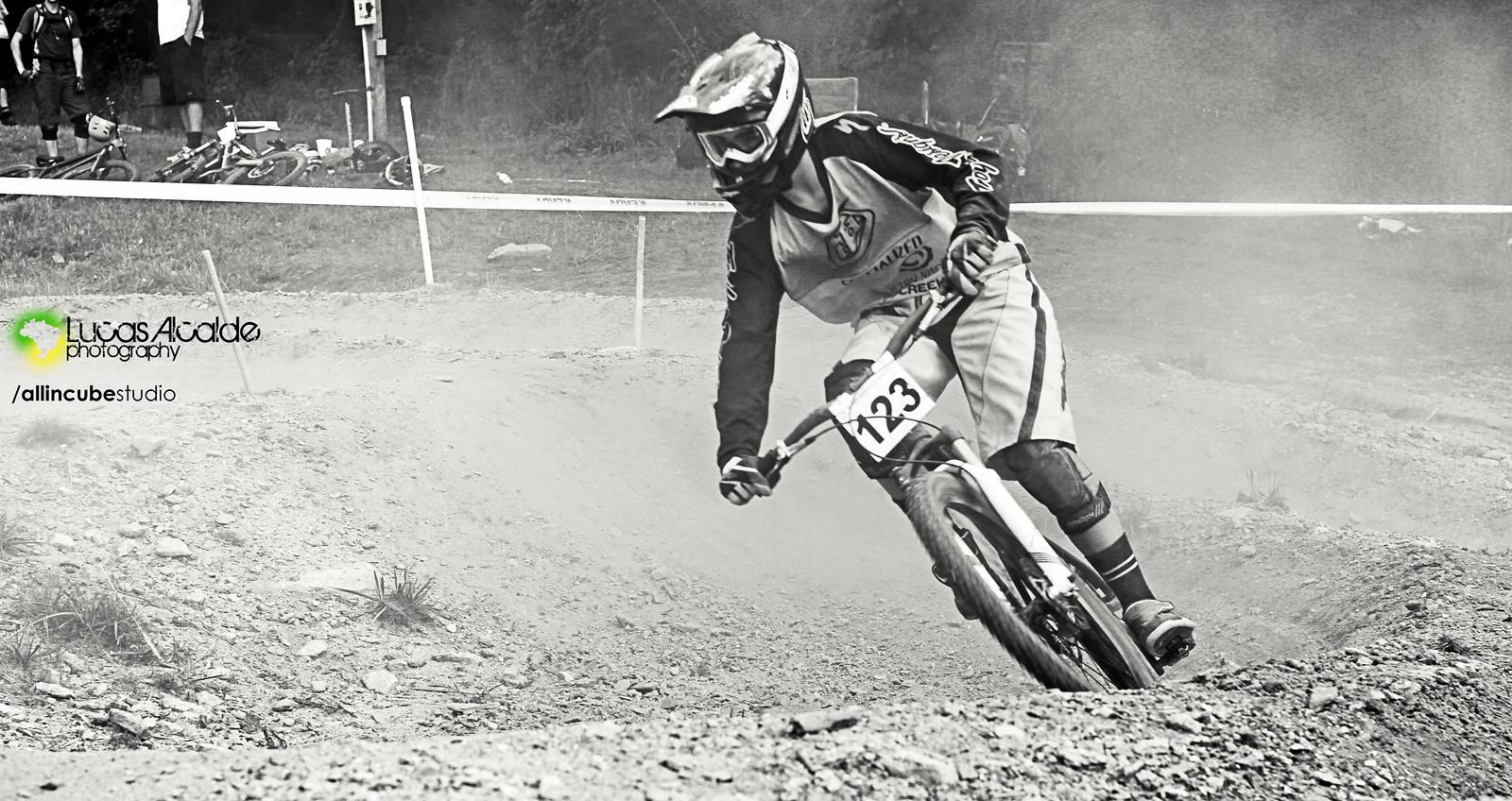 Dusty!!! - Lucas_Alcalde - Mountain Biking Pictures - Vital MTB