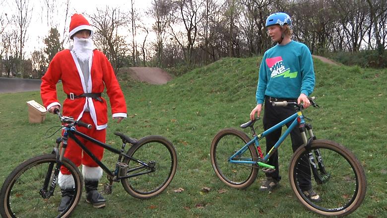DMR Christmas 2011 | Father Christmas Rides