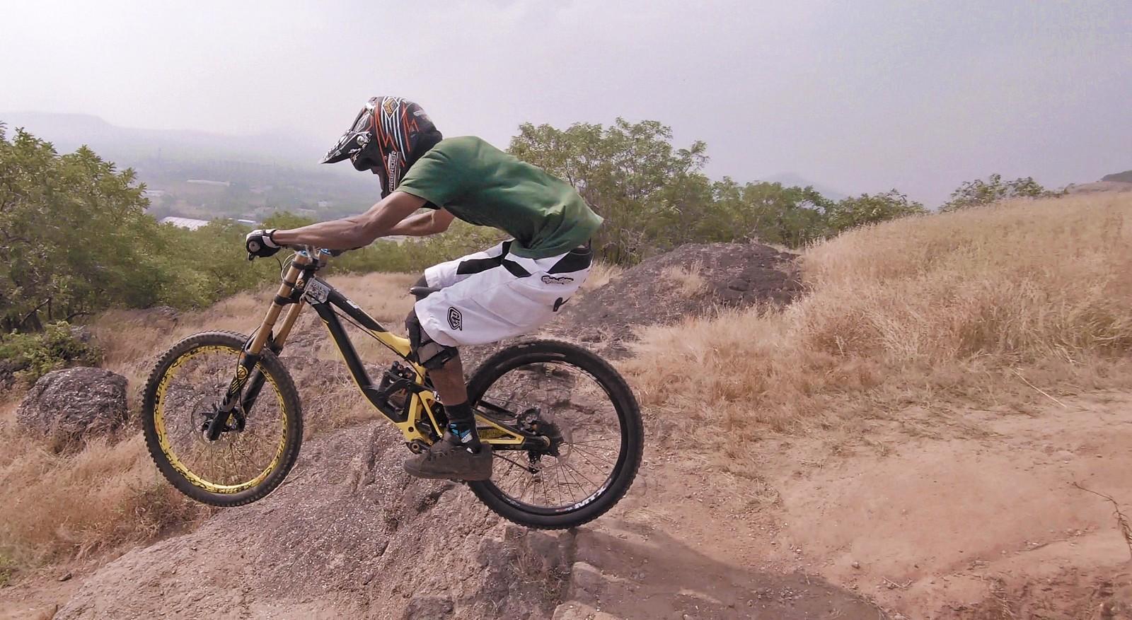 Staying low - downhillermenon - Mountain Biking Pictures - Vital MTB