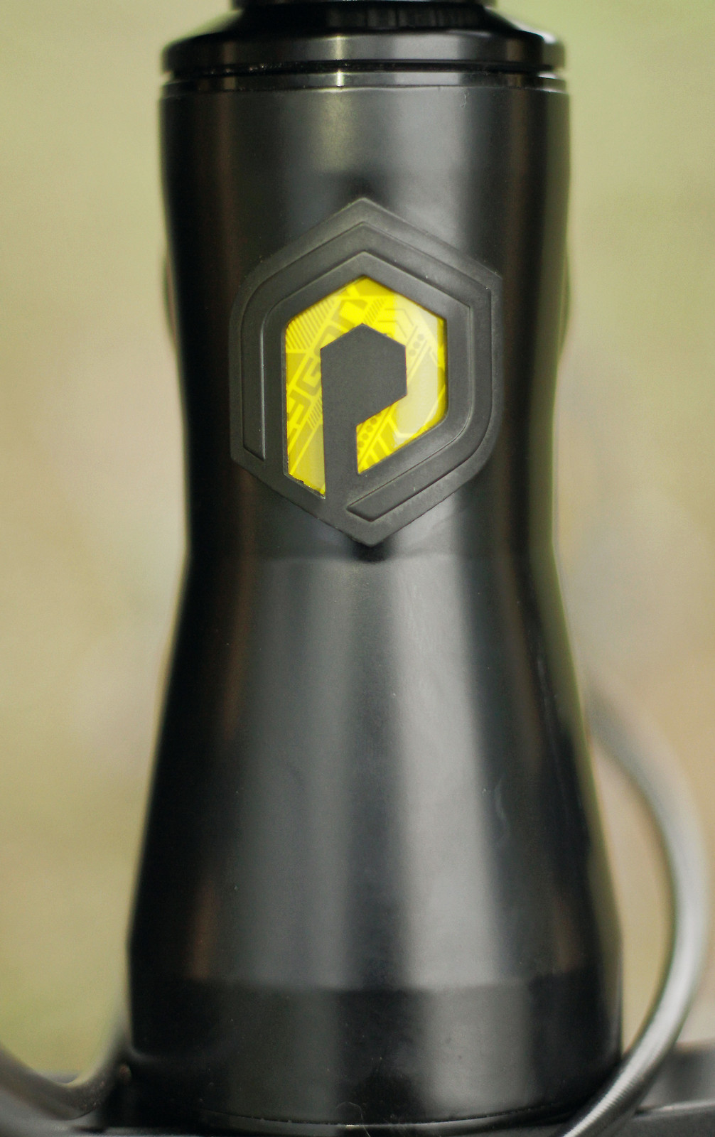 Polygon Collosus DHX 2015