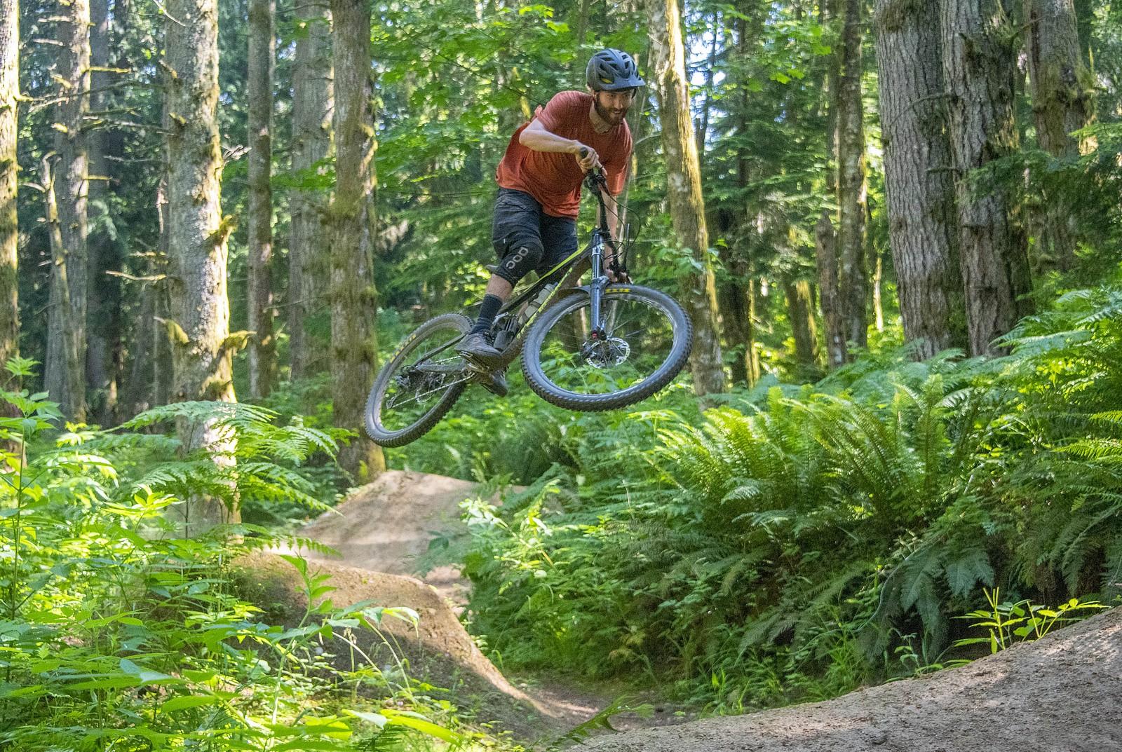 Bellingham jump 2 - jebvt - Mountain Biking Pictures - Vital MTB