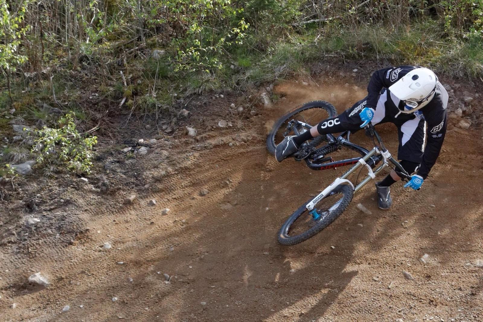 Getting loose - Daniel_Bagge - Mountain Biking Pictures - Vital MTB