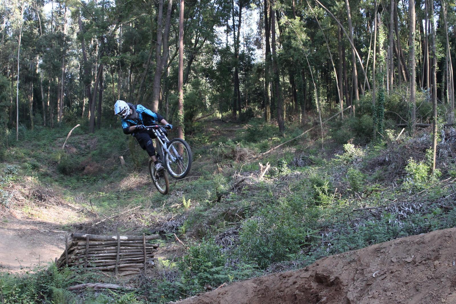 Big Gap Middle air - DoubleCrownKing - Mountain Biking Pictures - Vital MTB