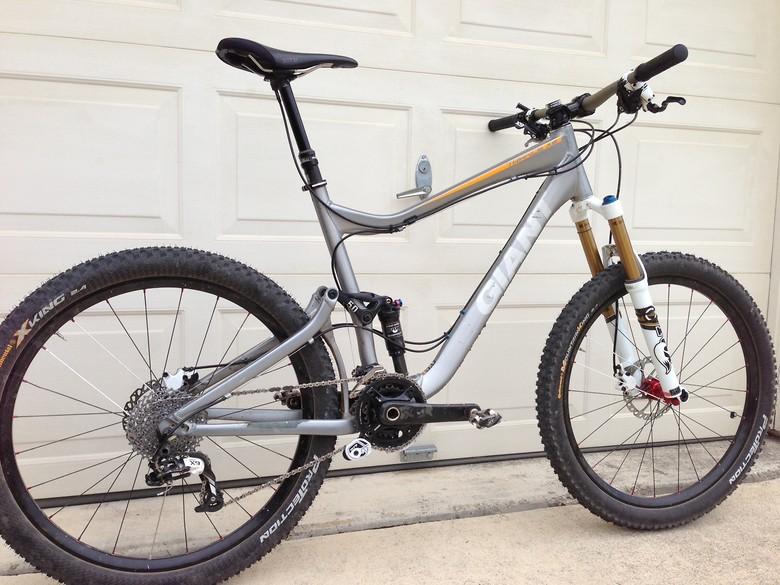 76976259e86 2010 Trance X2 custom - 661lee's Bike Check - Vital MTB