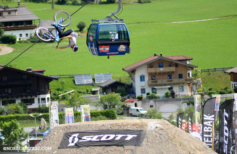 Anthony Messere - NorbertSzasz - Mountain Biking Pictures - Vital MTB