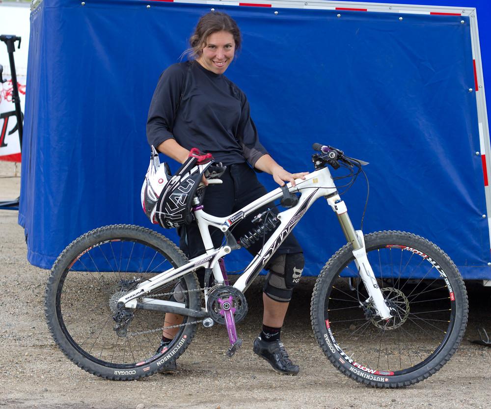 Mary Moncorge, Santa Cruz Nomad - NoahColorado - Mountain Biking Pictures - Vital MTB
