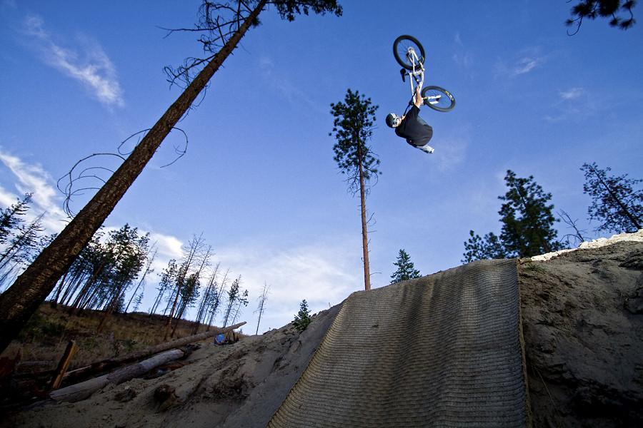 Mini Golf 053 - ScottAlleyn - Mountain Biking Pictures - Vital MTB