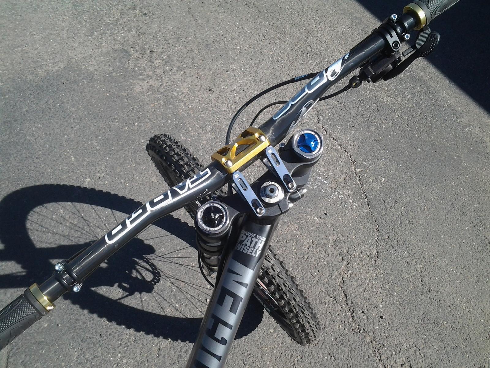 Airborne Pathogen Black Plague Hayesed Edition - JordanJoker10 - Mountain Biking Pictures - Vital MTB