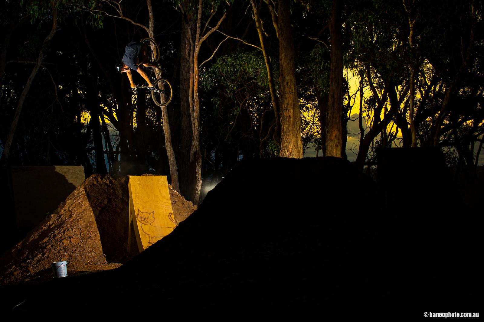 Elliot Smith - kaneophoto - Mountain Biking Pictures - Vital MTB