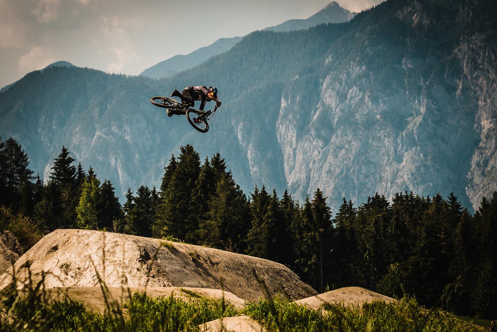 Steeze by Szymon Godziek - Adam_GLosowic - Mountain Biking Pictures - Vital MTB