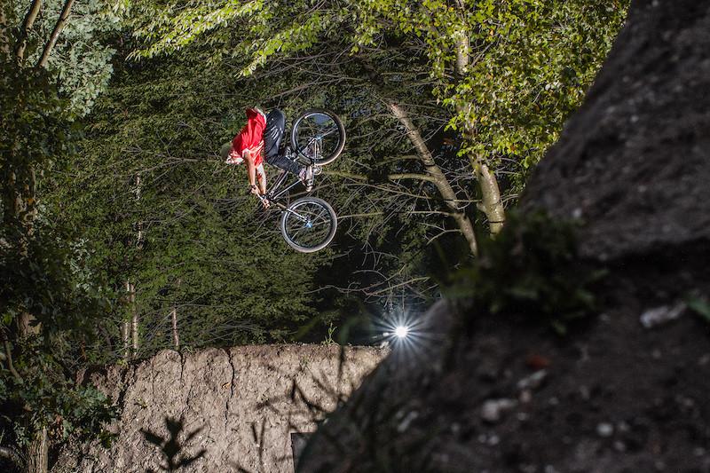 360 - Adam_GLosowic - Mountain Biking Pictures - Vital MTB