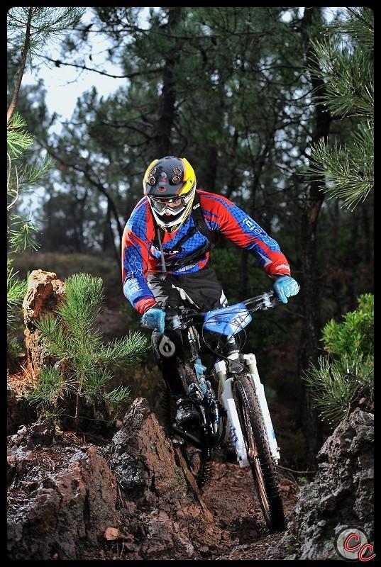 DSC 3121r-border - Cyril Charpin - Mountain Biking Pictures - Vital MTB