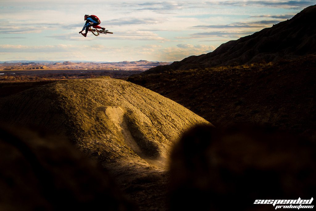 Zach Graveson Going Huge with a 1 footed Table  - suspended-productions - Mountain Biking Pictures - Vital MTB