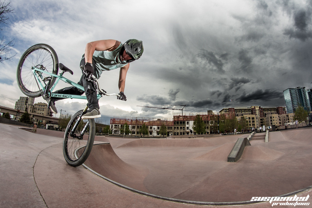 Eric Johnson Chilling at the Denver Skate Park - suspended-productions - Mountain Biking Pictures - Vital MTB