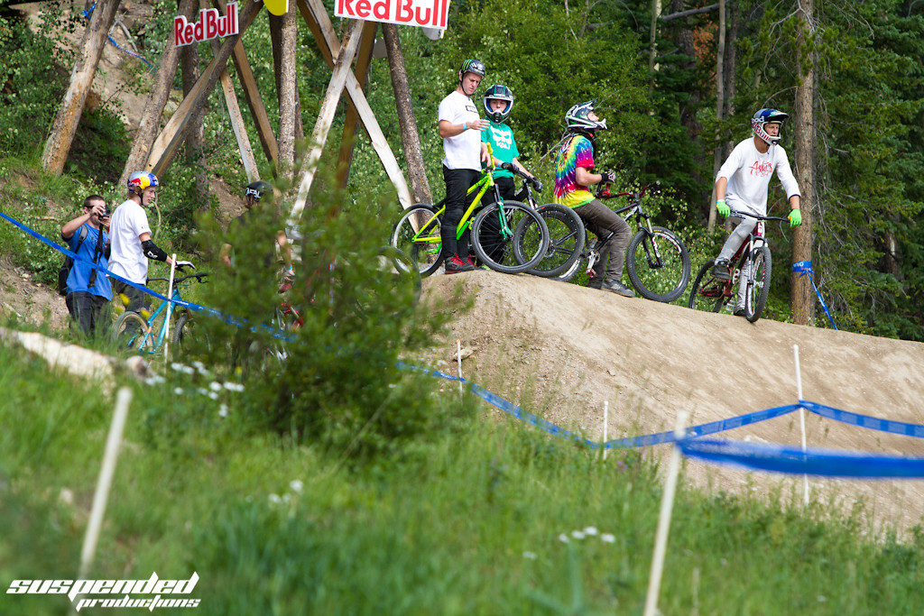 Chilling at the top of CFFest - suspended-productions - Mountain Biking Pictures - Vital MTB