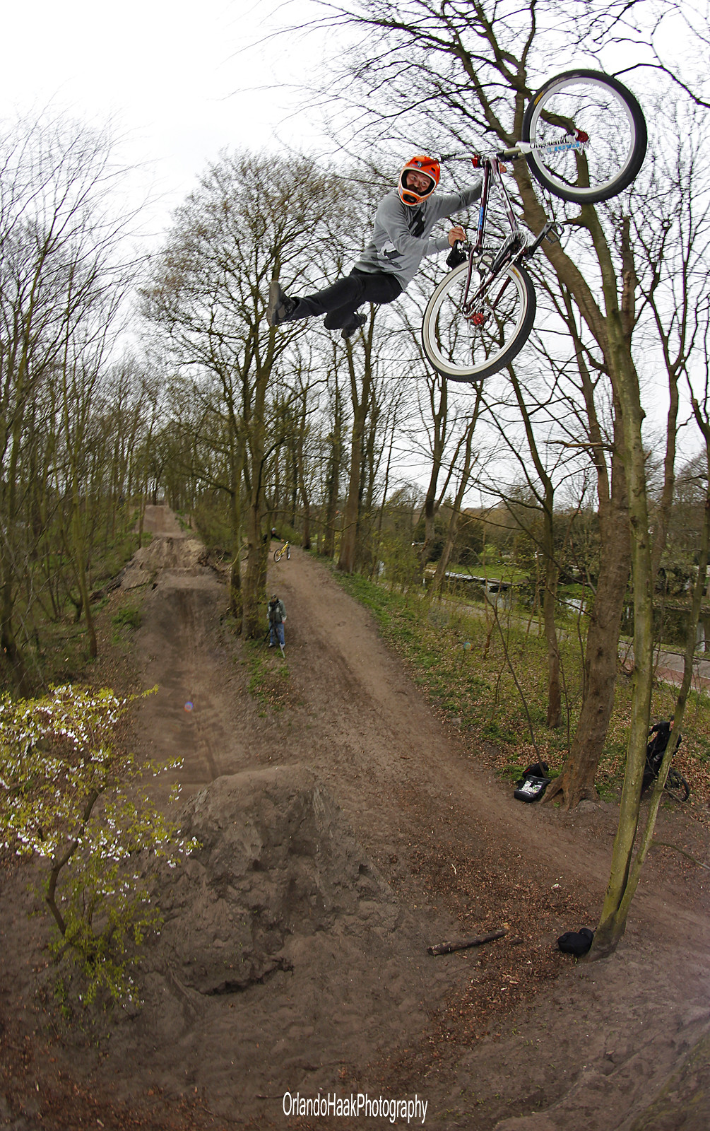 Kick it out  - PedalPark - Mountain Biking Pictures - Vital MTB