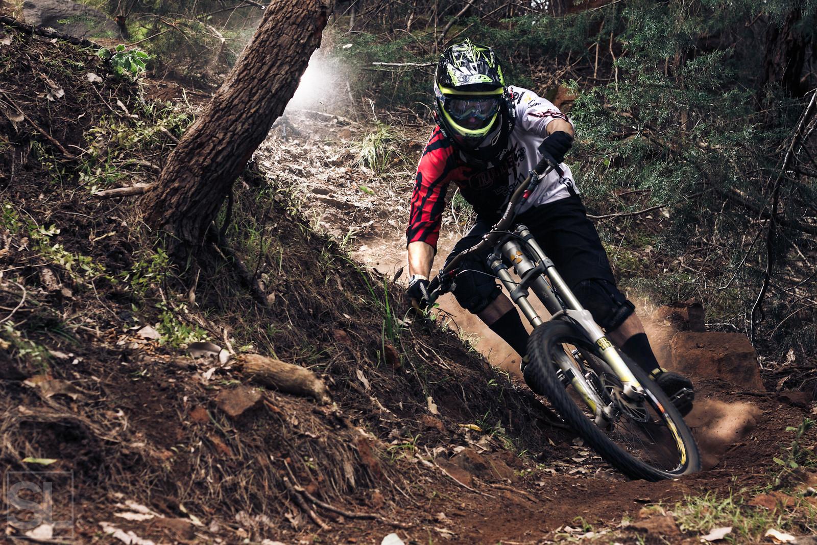 bar dragging - Chamakazi - Mountain Biking Pictures - Vital MTB