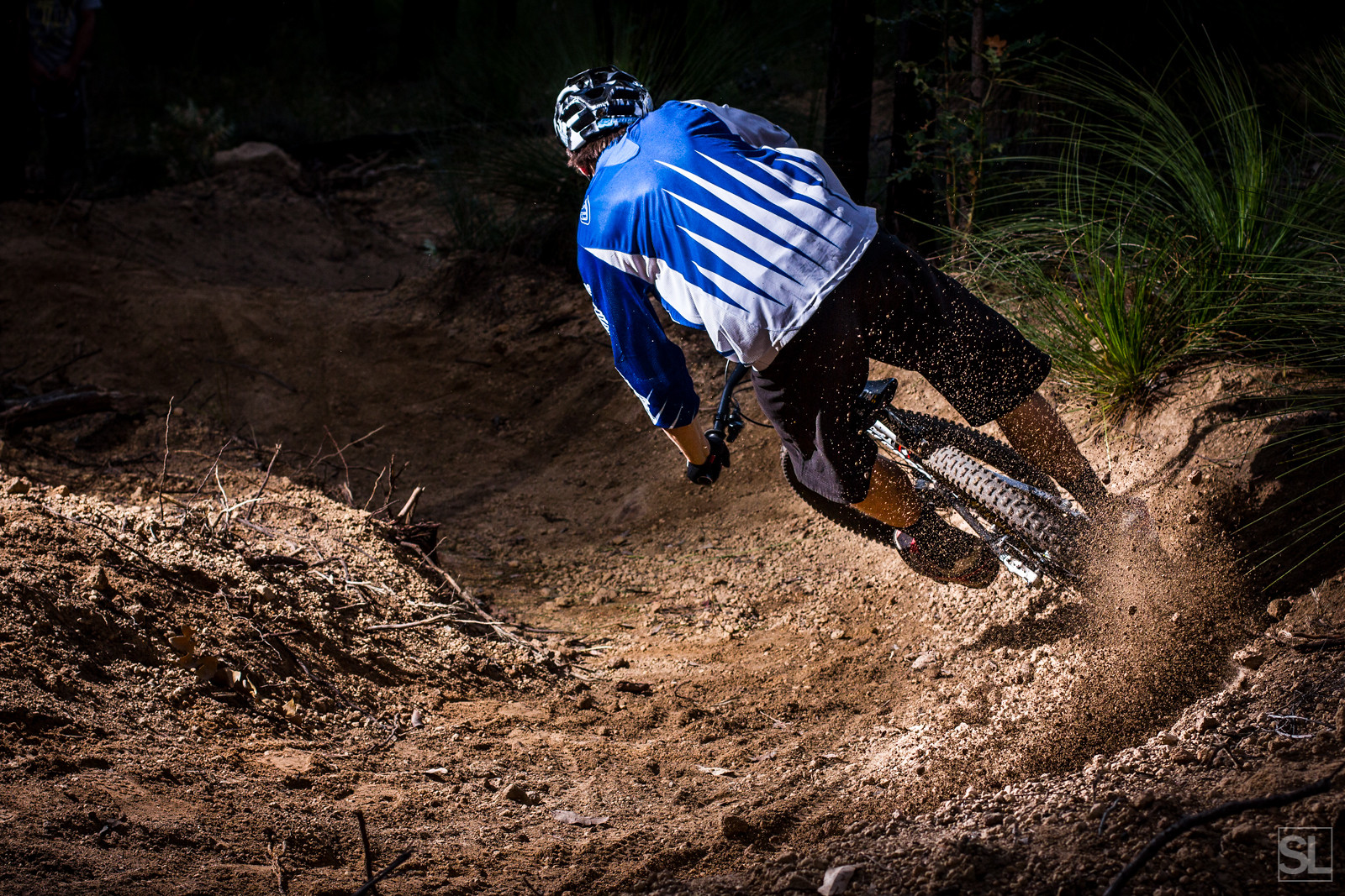 shredding gravel corners - Chamakazi - Mountain Biking Pictures - Vital MTB