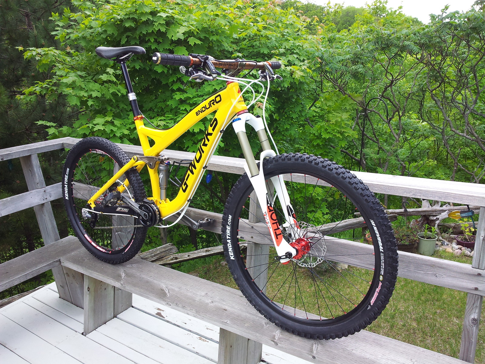 Rebuilt and Custom Painted 2007 Specialized Enduro