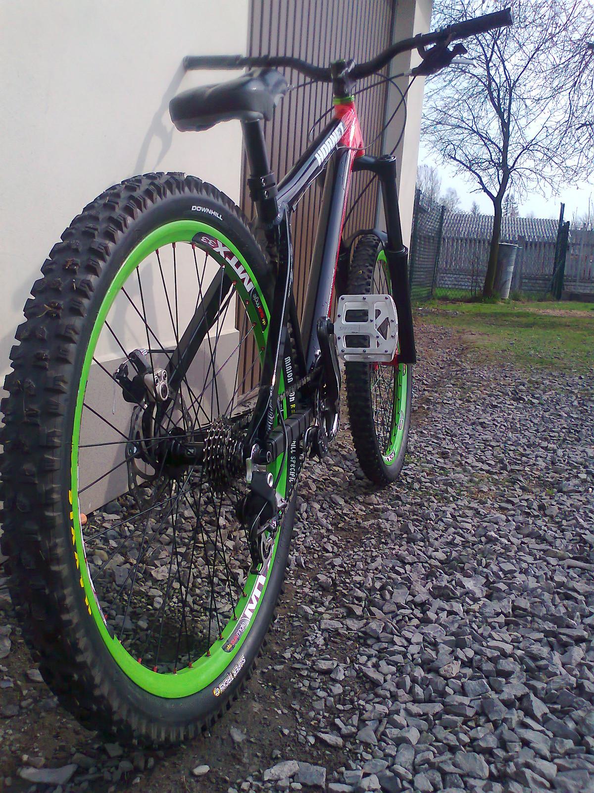 My new bike on a Dartmoor HORNET frame :D