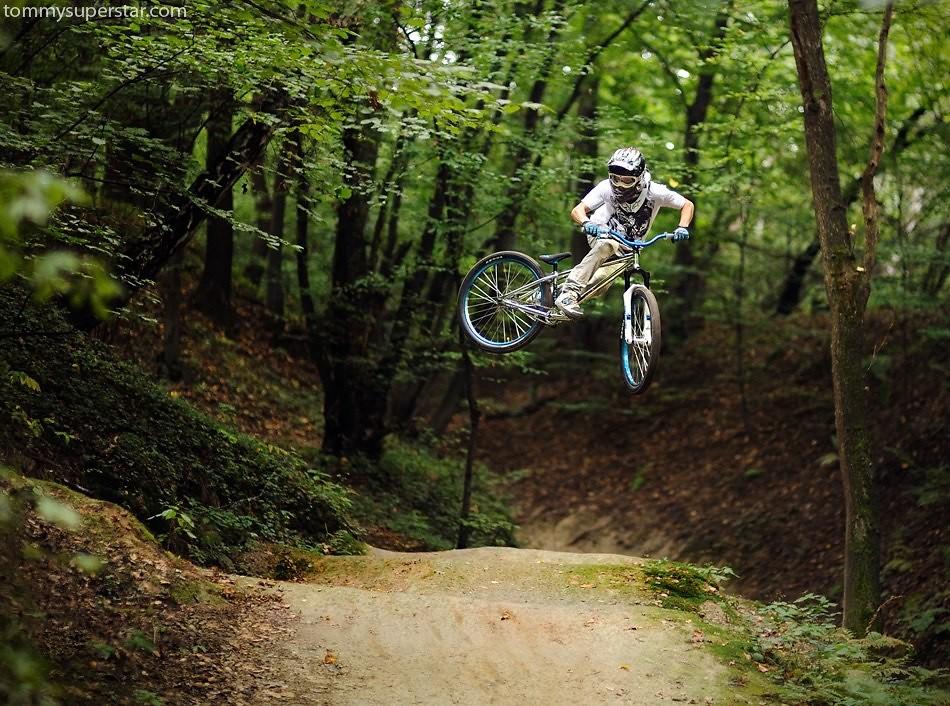whipping - JawsMtb - Mountain Biking Pictures - Vital MTB
