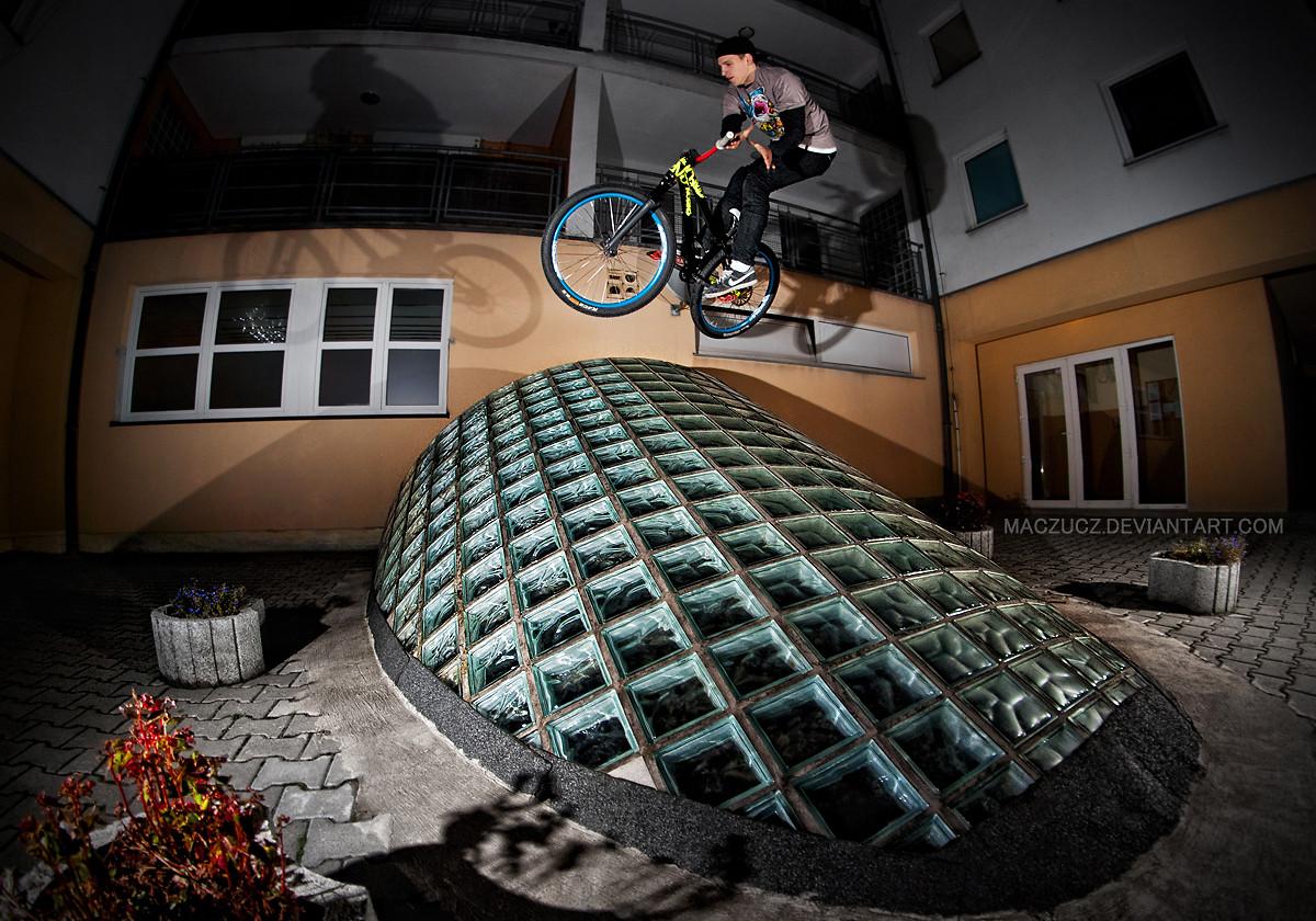 barspin  - Bencio - Mountain Biking Pictures - Vital MTB