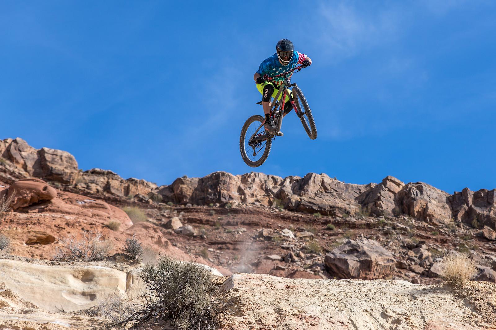 Southern Utah Step-Down Floater - dirtworks911 - Mountain Biking Pictures - Vital MTB