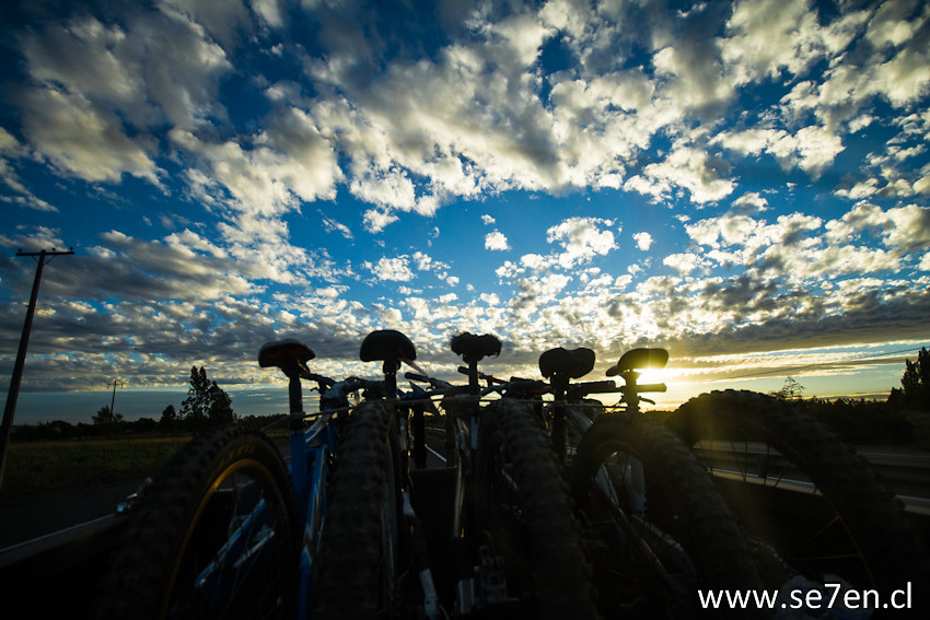 IMG 1378 - se7en.cl - Mountain Biking Pictures - Vital MTB