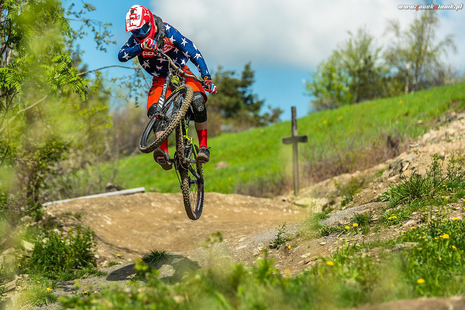 Hack to flat! - JacekSlonik - Mountain Biking Pictures - Vital MTB
