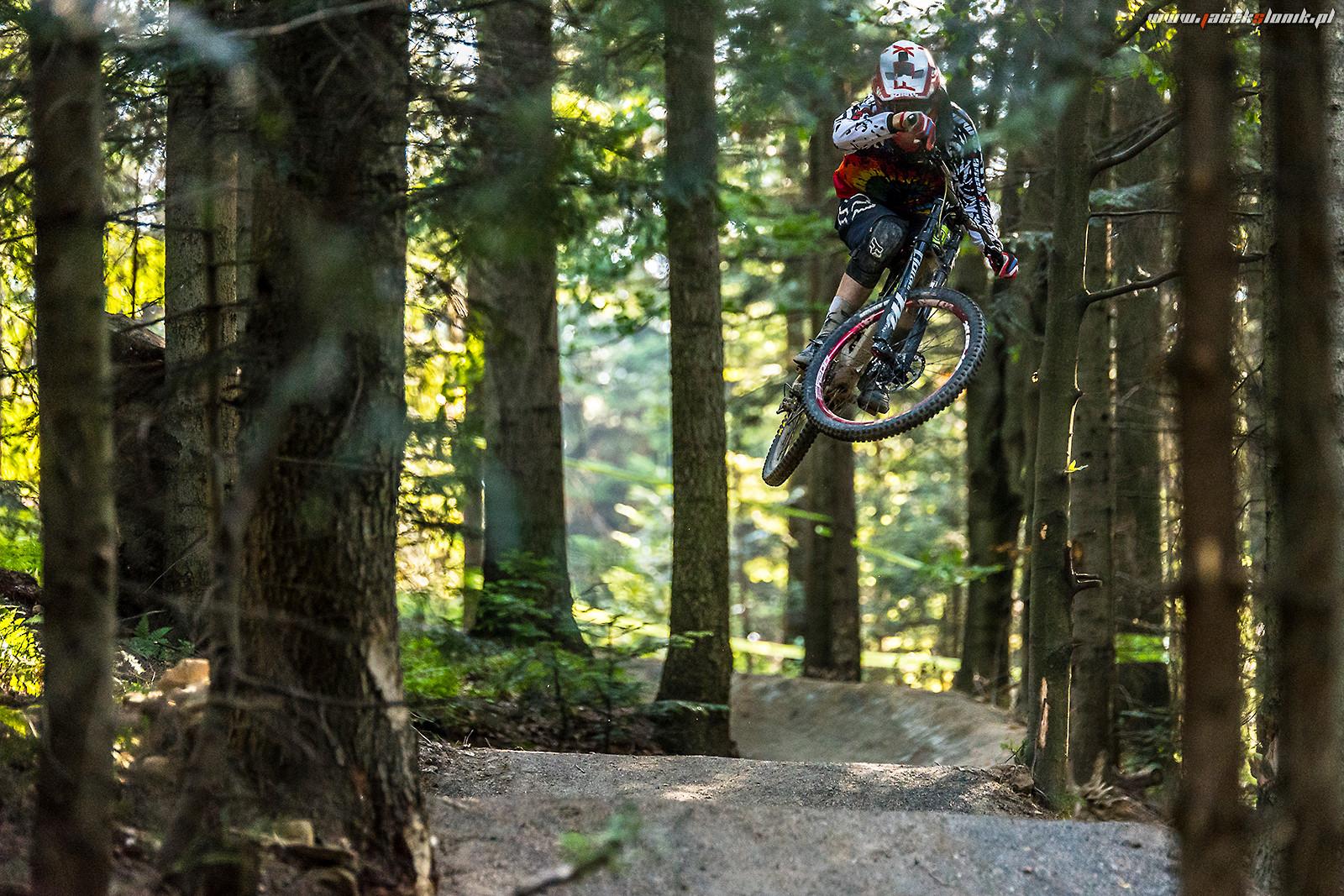 Tryin' to be stylish ... - JacekSlonik - Mountain Biking Pictures - Vital MTB