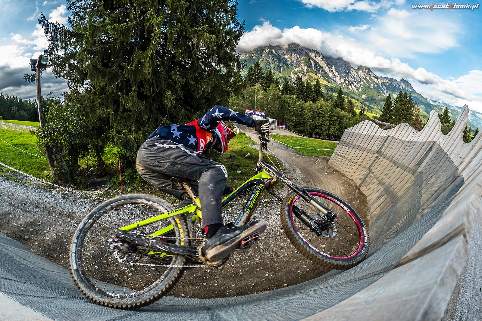Wallride in Leogang - JacekSlonik - Mountain Biking Pictures - Vital MTB