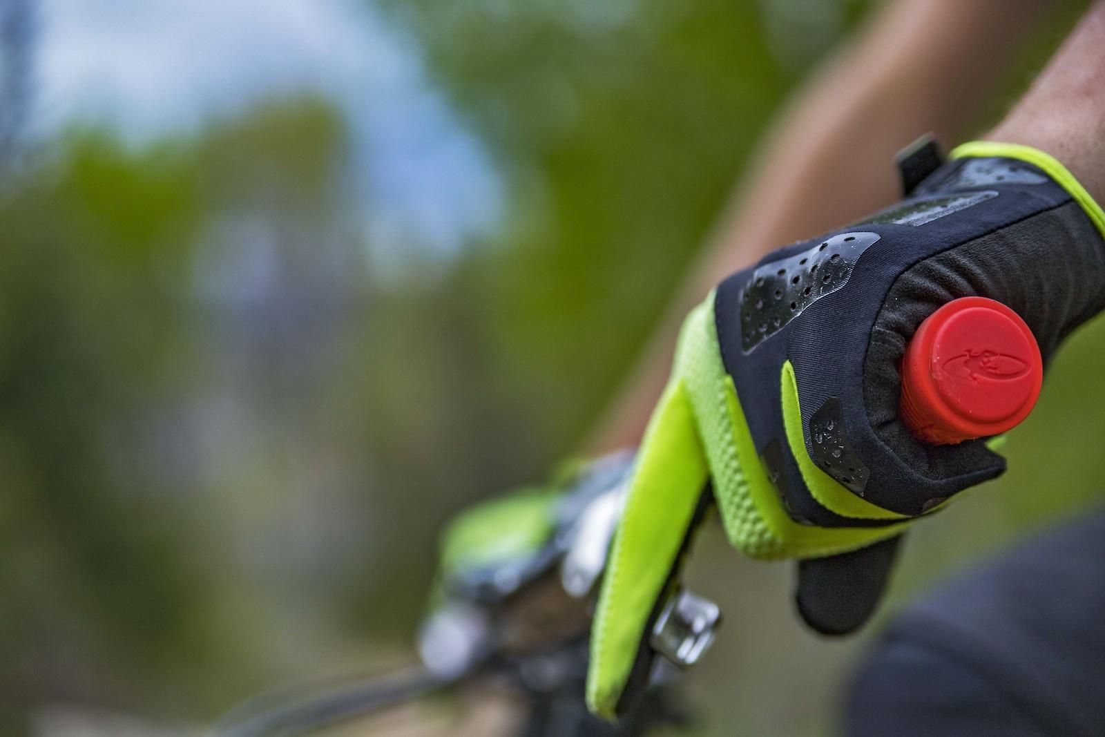 LS1 - yakattack - Mountain Biking Pictures - Vital MTB