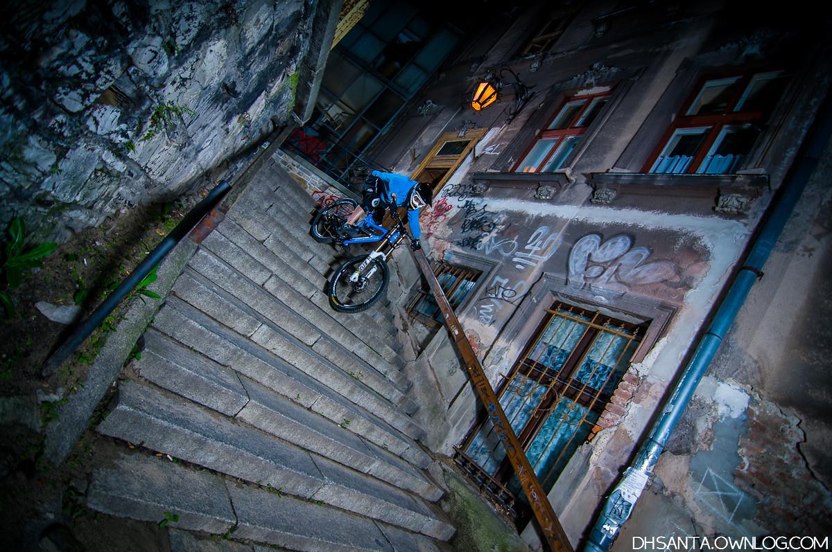 Night downstairs - damian.jaromin - Mountain Biking Pictures - Vital MTB