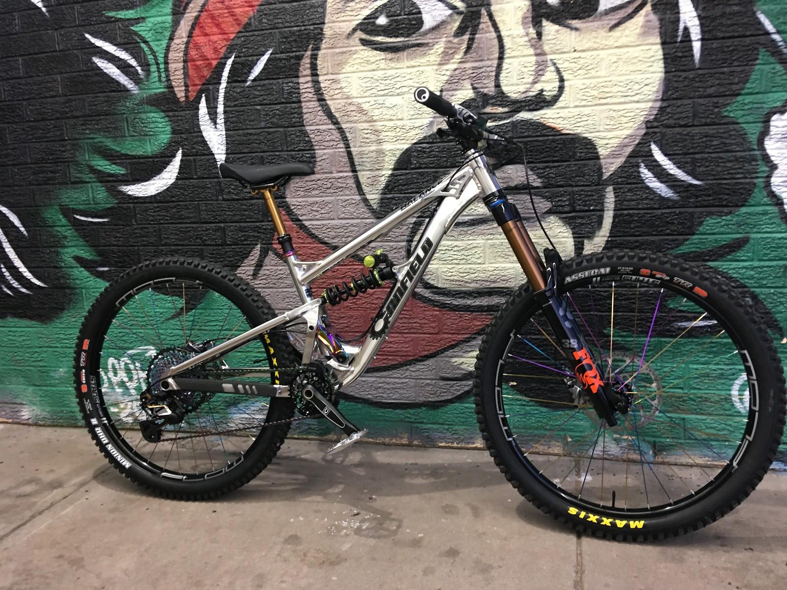 Canfield Balance LE my Enduro/FR/Park bike